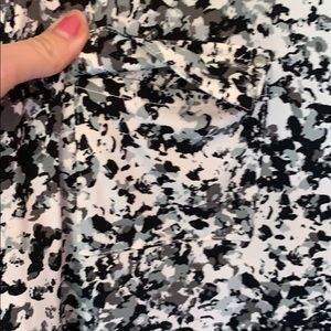 Dana Buchman Tops - Dana Buchman Long Sleeve Black/White/Grey Blouse